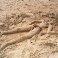 tunisia_sand_lady