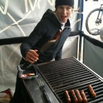 Cindy manning the BBQ at the CVM 2 Vals tent in Baie-St-Paul!